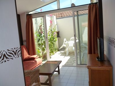 Photo for Sunny little house in La Rochelle 4 persons, ideal for families