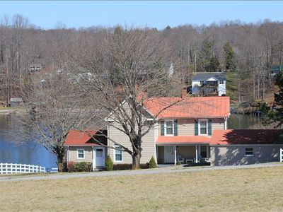 Photo for The Olde Farmhouse Spacious Lakefront House with Amazing View