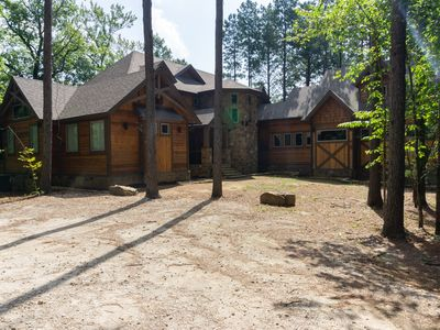 Pinehurst Lodge in Broken Bow, Oklahoma