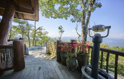Photo for Sterling Lodge - Hot Tub, Outdoor Fireplace, VIEWS! Cozy!