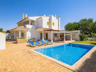 Photo for 3 bedroom Villa, sleeps 6 in Guia with Pool, Air Con and WiFi
