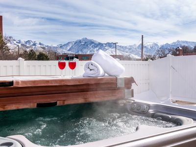 Photo for *DEALS* Close to SLC, SKI, 2 Hot Tubs! Groups, Events, Patio, 18 beds, 25 guests