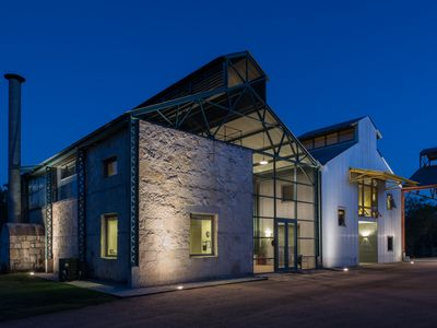 Photo for Stunning architecture in dramatic Hill Country setting