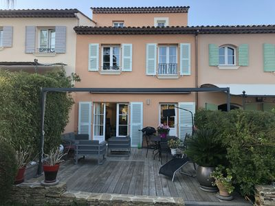 Photo for Beautiful house for 8 people in a private park with swimming pool, trees and calm.