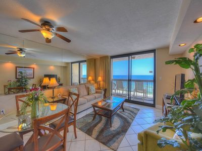 Photo for Quaint Condo, On-site restaurant, Multiple pools with splash pad, On the beach