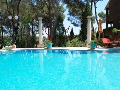 Photo for Only 12 km from Valencia City, private pool and pool. Tennis court, Internet, air conditioning