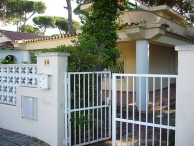 Photo for Castelldefels: Villa 250m from the beach, 15km from Barcelona center