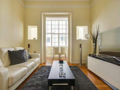Photo for Bright 3bed/2bath apartment in central Lisbon