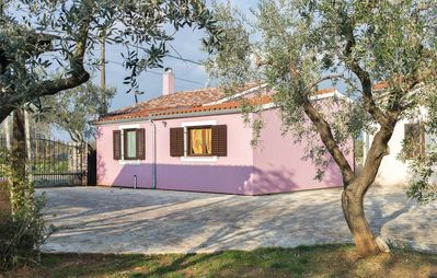 Photo for Family- Friendly, Private parking, Big garden, BBQ, 700 Olive tree,for 9 people