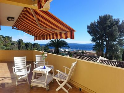 Photo for 2 bedroom Apartment, sleeps 6 in Le Lavandou with Air Con and WiFi