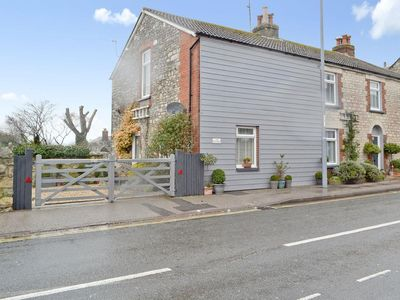 Photo for 1 bedroom property in Weymouth.