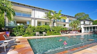 Photo for The Rise Noosa - Unlimited WIFI, Netflix & BBQ!
