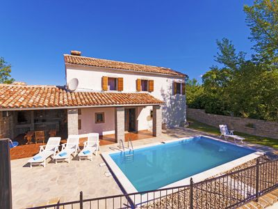 Photo for Beautiful Villa with a Pool in the heart of Istria