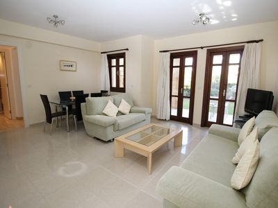 Luxury Two Bedroom Ground Floor Apartment in the Award winning Aphrodite Hills