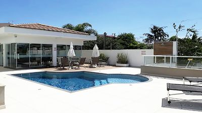 Photo for Belissimo apto with out sea, swimming pool, beach service, balcony and barbecue