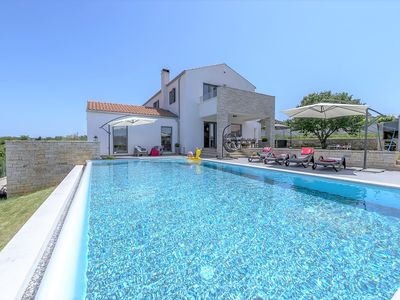 Photo for Modern and Fully Equipped Villa Meli with Infinity Pool and Whirlpool