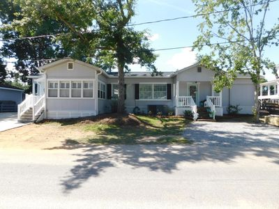 Photo for Beautiful 3 bdrm 3 full bath lake view home in Mobile Home Area