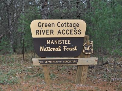 Pere Marquette River 'Green Cottage' -Fly's Only Section