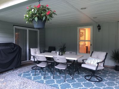 Photo for Newly renovated spacious home close to EVERYTHING!