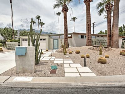 Photo for Superb Palm Springs Home w/Private Pool & Hot Tub!