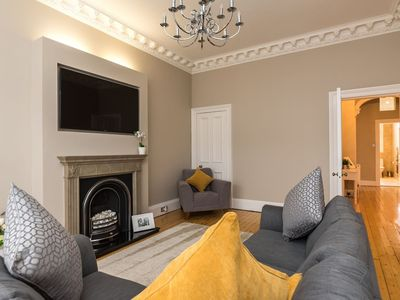 Photo for Sleek and Modern 2BR Home near City Centre