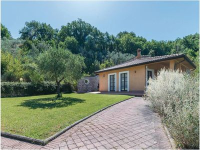 Photo for Villa Anna in Bettona, Perugia, with Swimming Pool and Tennis Court