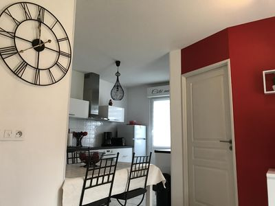 Photo for Apartment with private box in residence with swimming pool and parking