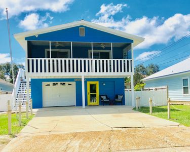 Photo for Sunnyside Beach near 30A, Golf-Cart and Pet-Friendly