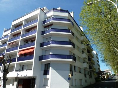 Photo for Biarritz, rustic 2 bedroom apartment, very close to the beach