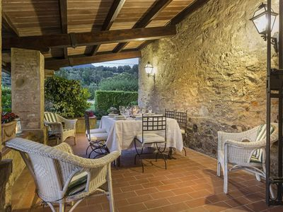 Photo for Country air conditioned stone house with pool between Lucca & Sea