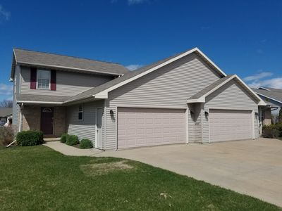 Safe, clean, fun, and fab duplex on the east side of Green Bay' near I-43