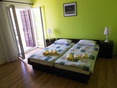 Photo for Holiday apartment Podstrana for 1 - 4 persons with 1 bedroom - Holiday apartment