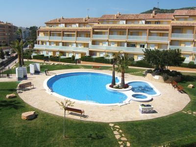 Photo for Comfortable apartment with a dishwasher, 100 m. from the sea