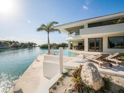 Photo for LUXURY VILLA 4 BDR OCEANFRONT 4 MIN WALK TO CENOTE