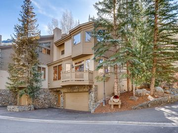 Golf Course Townhomes, Vail, CO, USA