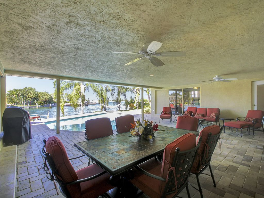 Relax In Your Own Private Swimming Pool And Watch Dolphins Swim Saint Petersburg Florida North