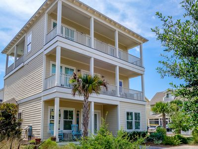 Photo for Gulf Views! 4 bed/4 bath home w/ incredible loft area & walk out to the pool!