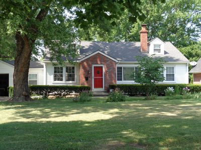 Photo for Charming Home near KC Sports Complex, Casinos,  Amusement Parks w/ gas BBQ grill