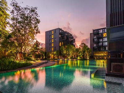 Photo for D187 - Large apartment in heart of Patong, 2 pools and gym