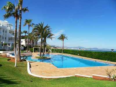 Photo for Apartment CALA D'OR on the beachfront in Denia