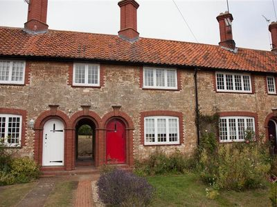 Photo for A delightful Grade II listed holiday cottage in the conservation area of Heacham