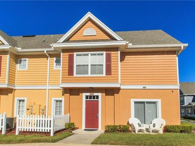 Photo for 4 Bed/3 Bath 7 Dwarves Home with Community Pool! Sleeps 10! Military Discount! Near Disney!