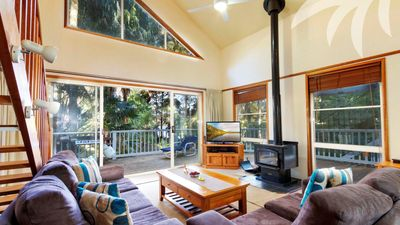 Photo for Araluen - Pacific Palms Holidays