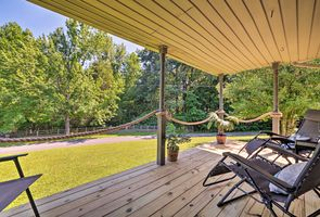 Photo for 2BR Cottage Vacation Rental in Eddyville, Kentucky