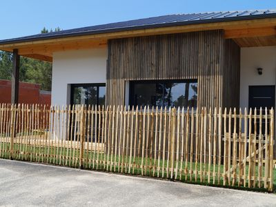 Photo for New **** villa, 6 people, swimming pool, 800 m from the beach