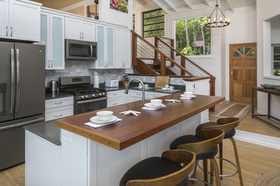 Vela Vistas's fully equipped kitchen has everything you'll need to dine in