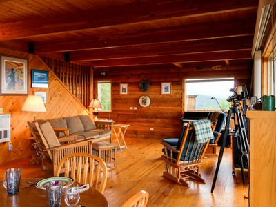 Photo for Gorgeous, dog-friendly mountaintop water views with a private hot tub!