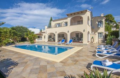 Photo for DOS ANGELES, Villa for 8 people, 500 meters from the cove Baladrar