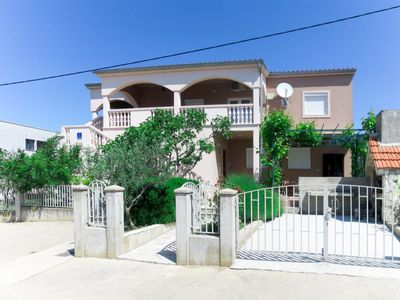 Photo for Apartment Simunica (SRD456) in Starigrad-Paklenica - 8 persons, 4 bedrooms