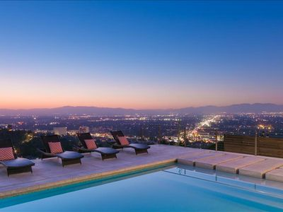 Photo for Modern Villa With Pool, Hot Tub, Firepit and Great Decor